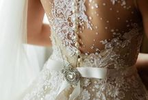 Beautiful Wedding Dresses / A collection of beautiful wedding dresses. Thegiftaisle.com.au