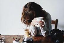 M o r N i n g S t o R i e s. /  morning stories and coffee
