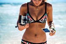Bikinis / Summer lovin vibes