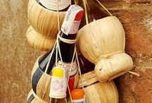 Wine Routes of Italy / Plan your wine tasting holiday among the most beautiful wine routes throughout Italy! Tuscany, Piedmont, Sicily and much more!