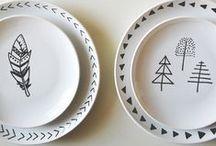 DIY - Decorar Ceramica / Tutoriales e ideas DIY para pintar cerámica y tazas pintadas. #Manualidades