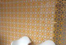 Superfícies / Tecidos, chão, parede, quadros