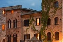 Travel Destinations - Siena / Siena, just 10km away from Dievole, is one of Italy's most visited attractions due to its Medieval centre, which is a UNESCO World Heritage Site.