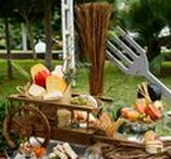 Wedding Food Inspiration / Keep your guests happy by serving fabulous food and drinks at your reception party!