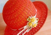 Hattuja/Hats