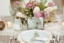 Rustic & Vintage Wedding Inspiration / Rustic, Barn, Shabby Chic & Vintage Wedding Inspiration ----------------- Midwest Engagement & Wedding Photographer | Jessica Yahn  | http://jessicayahnphotography.com ------------------- #barnwedding #vintagewedding #rustic