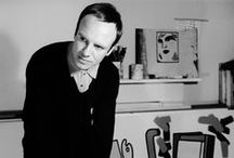 Caulfield, Patrick / An English painter and printmaker known for his bold canvases, which often incorporated elements of photorealism within a pared-down scene. 29 January 1936 – 29 September 2005
