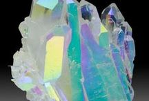 Geometric / Everything geometric: Art, Design, Interior, Crystals and even more.