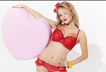 Red Lingerie / Red roses, red wine and... red bras. Colour we can't resist!