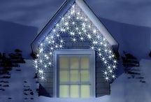 LED Icicle Lights / LED Icicle Lights are a perfect addition to your outdoor Christmas lights collection as they are able to cover a wide area with less cable. Check them out on our website now!