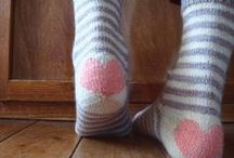 Knit Socks / Sock knitting patterns and pretty socks to inspire.