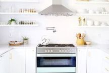 Kitchen / Pins and images of kitchens that we love.