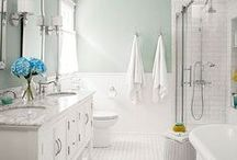 Bathroom / Pins and images of bathrooms we love.