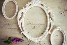 ESPELHOS e MOLDURAS - Compota de Renda / Todas as peças são feitas em resina, e podem ter o acabamento que melhor combinar com seu estilo!  Entre, e fique à vontade!