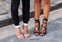 Black & White Heel Love