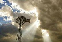 Windmills / Watermills / Water Towers / Windmills / Watermills / Water Towers  <3 / by Dar Crutchfield