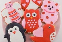Valentine's Day / The cutest, rosiest, prettiest V-Day pins!