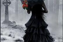 Goth/Gothic / everything Goth