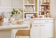 Traditional Kitchens / #kitchen