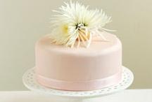 Petites douceurs / De délicieux gâteaux qui raviront les invités qui ne désirent qu'un petit goût de sucré!