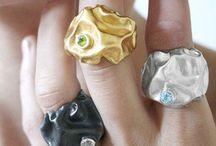 All that glitters / Jewellery