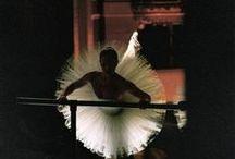 When Body Talks, It Dances... / ballet, modern dance, jazz dance, whatever dance... / by Pitsit sekaisin