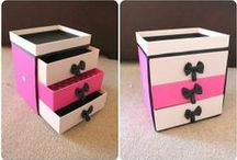 Cute Organization Solutions / Cute, pretty and kawaii ways to get organized. Storage ideas. Containers. Products that can be bought and DIY ideas.