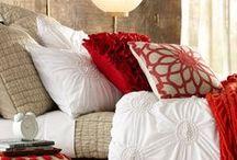 Decorating Rojo, Coral, Rosado,Naranjas & Terracotas / Rojo es el color del amor, de la pasión y impulso vital, transmite energía, intensidad y fuerza por lo que su uso debe realizarse correctamente desde el punto de vista decorativo, dependiendo de las tonalidades y de los ambientes donde se utilicen. / by KRISTOBELGA DESIGN