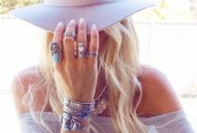 Pretty things / Accessories, jewelry, statement items and more...
