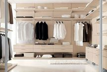 Walk-in closet / #Wardrobe #suite #walkin #open #wood