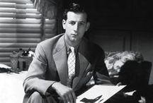 Gilbert Adrian / Adrian Adolph Greenberg fue un diseñador de vestuario, creador de la imagen glamurosa de las estrellas deestrellas como Greta Garbo, Joan Crawford, Jean Harlow o Katharine Hepburn.