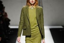 Fabric: Tweed / This board contains images from recent ready-to-wear collections and popular fashion blogs.  The images are roughly in reverse chronological order, with the most recent images at the top.