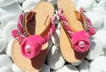 KIDS LEATHER SANDALS / Genuine leather kids sandals for most occasions, summer holidays, shower gifts, baptisms, babies firsts steps... Top quality leather, well made, with a secure safety back strap fitting in her tiny soft foot