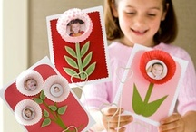 Mothers Day Coloring and more / Mothers Day Pins