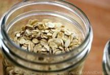 Clean Eating Oats / Lots of clean eating inspiration for your morning oats.