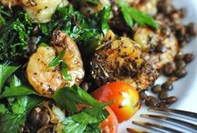 FOOD!! / Recipes I need to try! Just good food!