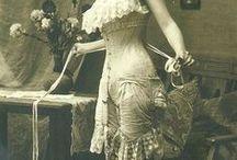 Corsets / corsets