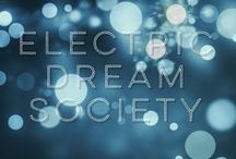 Electric Dream Society / Female-Fronted '80s New Wave | Lush + Dreamy Synthpop | Nashville, TN  | Music + Synths by Jason Hubard | Lyrics + Vocals by Leslie I. Benson http://www.ElectricDreamSociety.com