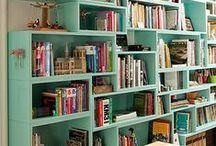 Snyggt i bokhyllan / Om konsten att skylta med sina böcker.