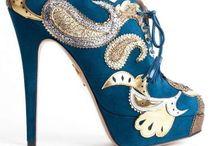 Zapatos / by Dulce Osorio