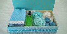 Coleção Tiffany . / Caixas de MDF, revestidas em tecido , com Kits com Sabonetes , Toalha de Lavabo e Spray Home.  Uma opcão de qualidade para presente, lembrança para madrinhas e empresas.