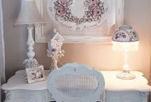 My Pink corner! / Shabby chic,romantic and pink nail salon,house..whatever!!!
