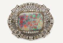 Opals- The Queen of Gemstones