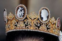 Tiaras and Diadems and Hair Ornaments