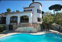 Spanish Rental Villas / Find the top and luxury Spanish Rental Villas at your own location.