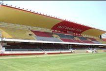 ALİ SAMİ YEN STADI / İstanbul'un tam merkezinde bulunan Ali Sami Yen Stadyumu 1964 yılında inşa edildi ve de resmi açılışı 20 Aralık 1964'te Türkiye-Bulgaristan milli maçıyla yapıldı.