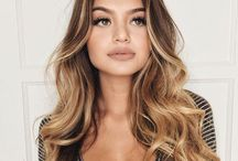 Long Hair, Long Hairstyles / A collection of gorgeous long hairstyles for those of us who absolutely love long luscious hair.