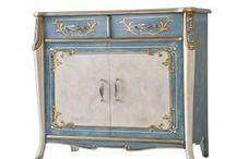"""Möbel """"Beautiful Line"""" / Exklusive Möbel mit einer schönen Farbe und einer erstklassigen Lackierung. Alles ist in Italien von spezialisierten Handwerken und Polierern handgemacht."""
