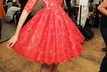 SHORT DRESSES / Short dresses.