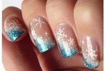 Manicure di Natale e Capodanno / Idee da copiare e proporre alle clienti del vostro centro estetico: manicure perfette per le feste, natale e capodanno